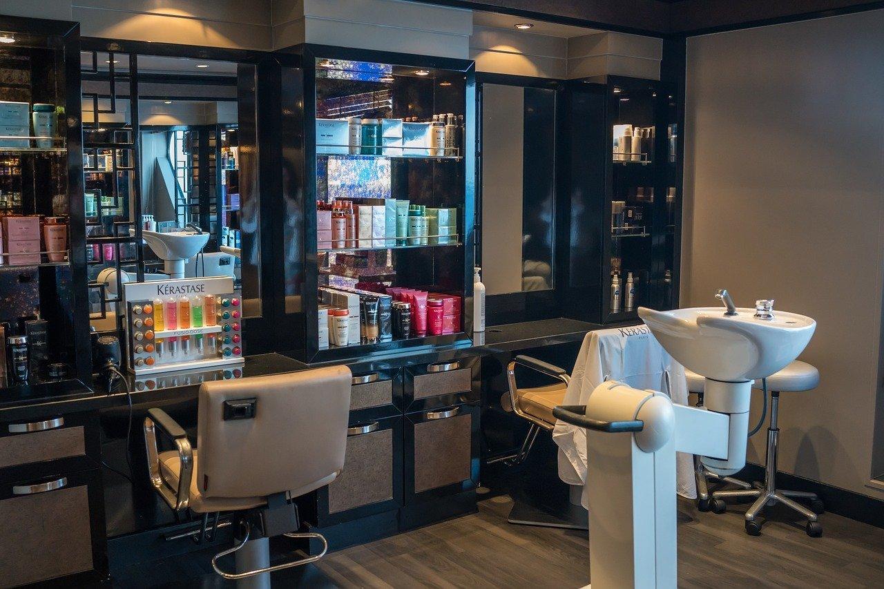 Chez La Femme Beauty Salon